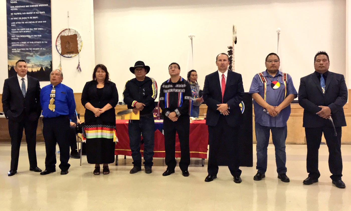 Group photo of Alexis Nakota Sioux Nation Chief & Council